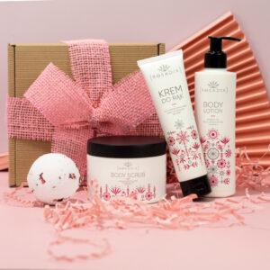rosadia rose spa gift set